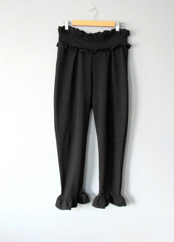 Spodnie z falbankami