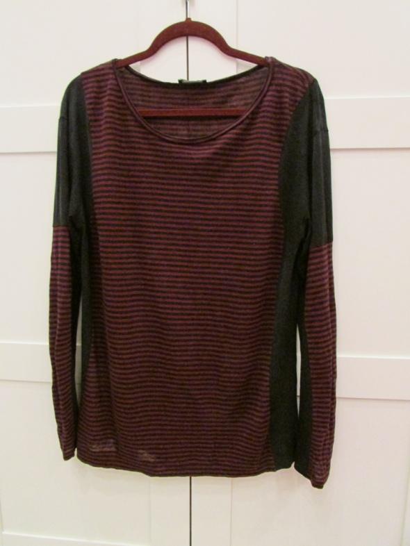 Bluzka w czarno czerwone paski Zara...