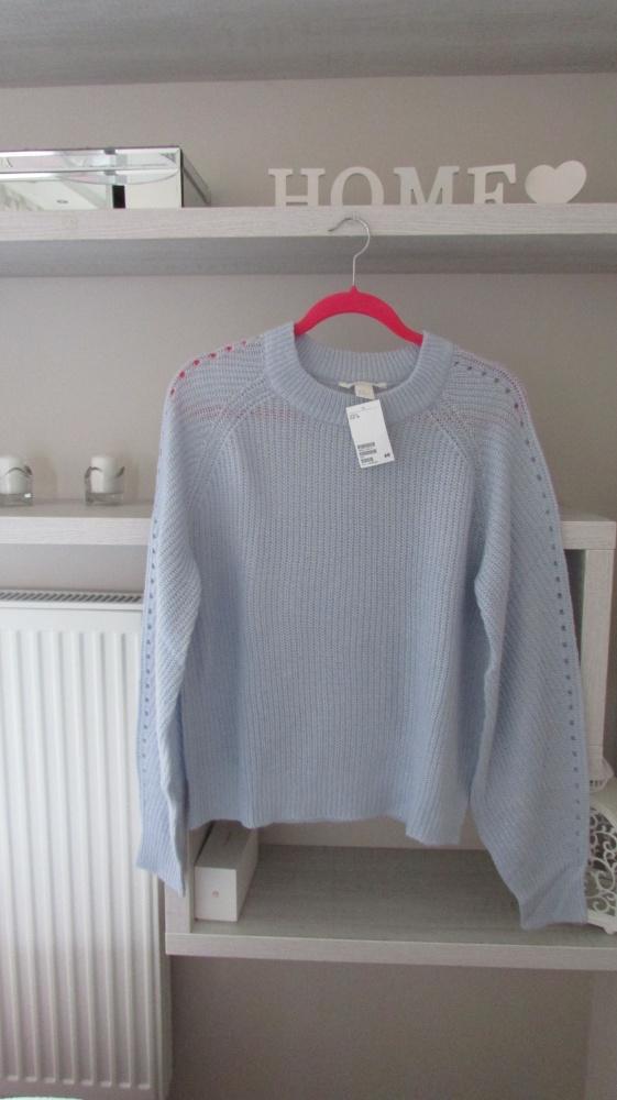 Fajny nowy błęktny sweter