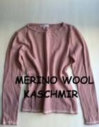 Śliczny różowy sweterek XS S M...