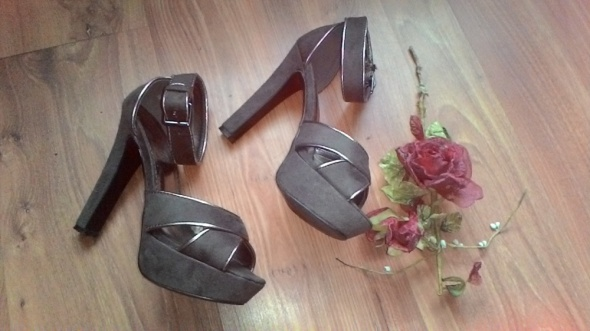 Sandałki Jennifer