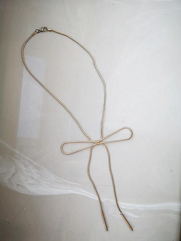 Łańcuszek damski złoty kokardka