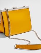Nowa musztardowa torebka na łańcuszku Stradivarius...