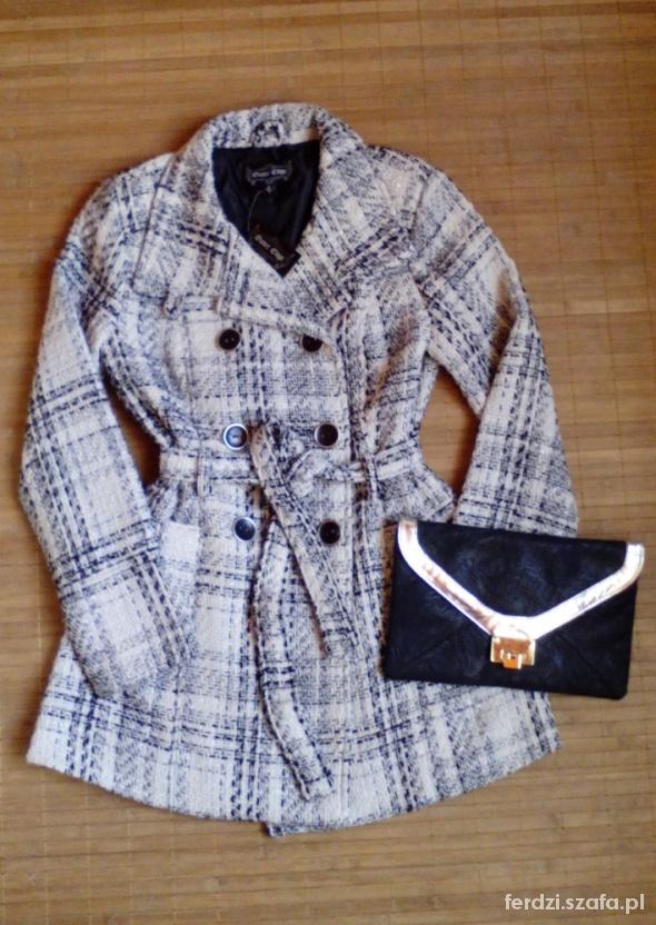 Płaszcz biało czarny