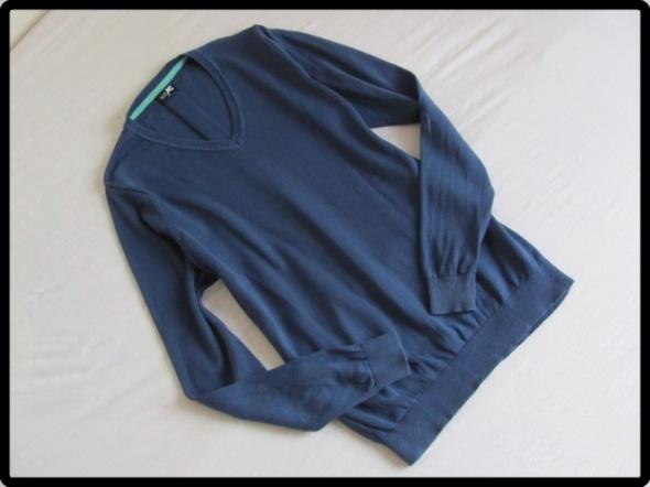 Męski granatowy sweter rozmiar xs stan bdb...