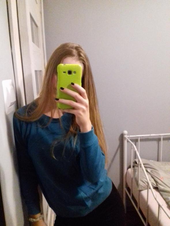 Ciemna bluza