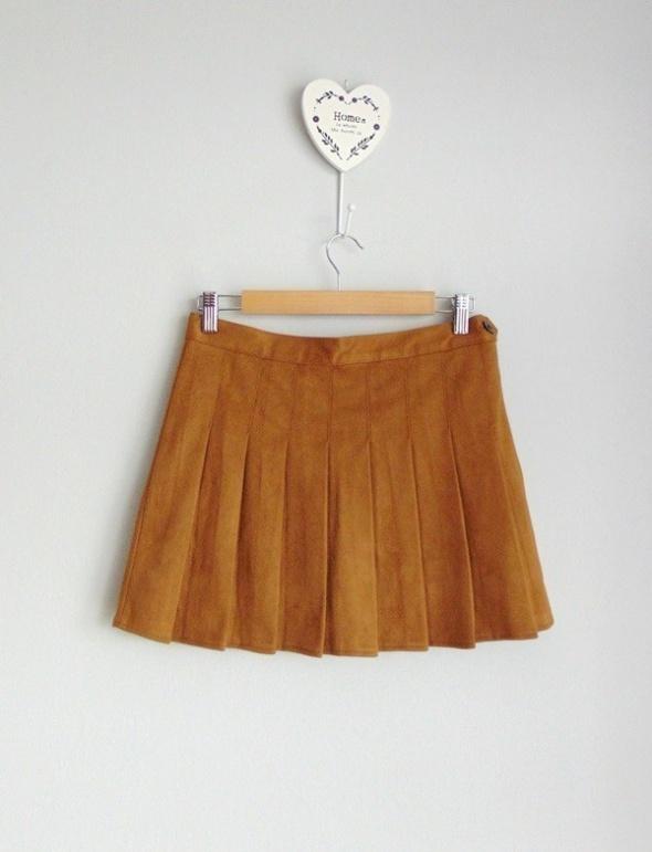 Zamszowa mini spódnica