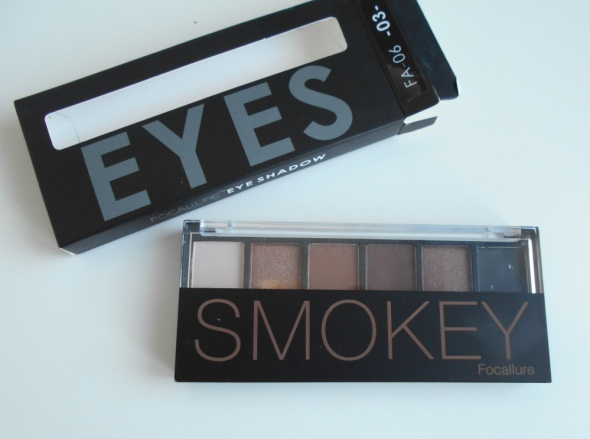 Focallure smokey eyes paleta cieni brązy