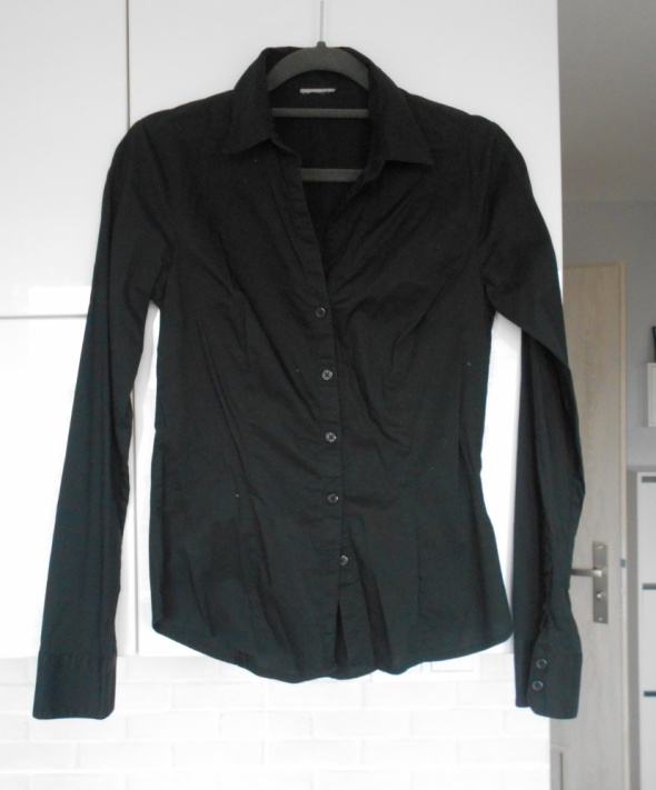 HM czarna koszula elegancka dopasowana