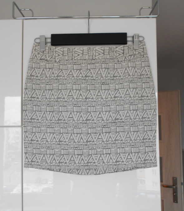 Next nowa spódniczka aztec wzory mini asos