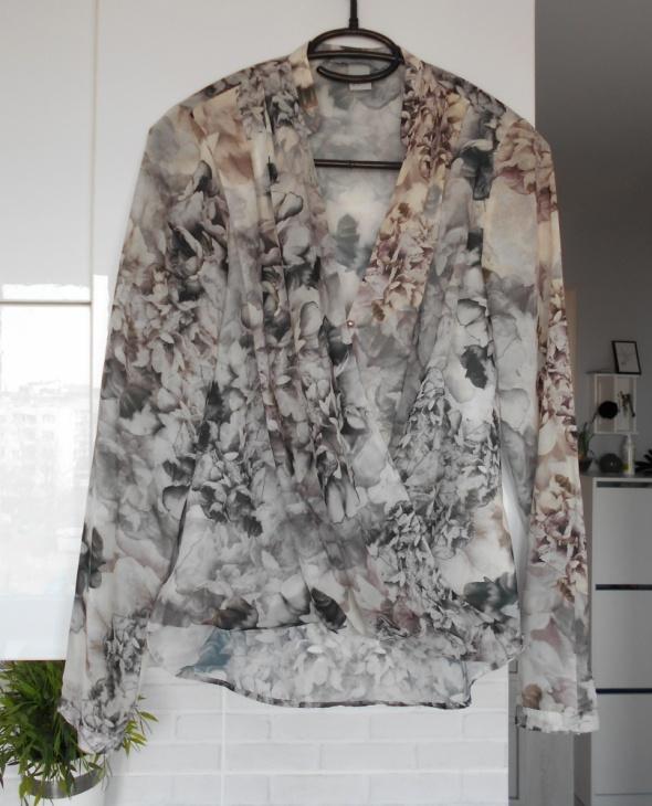 HM bluzka mgiełka kwiaty floral kopertowa elegancka