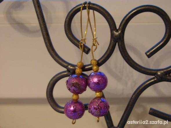 Pozłacane w kolorze fioletowym