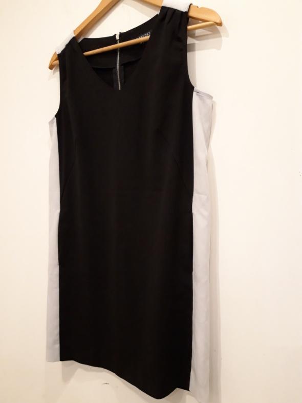 sukienka mała czarna Top Secret 34...