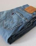 jasne spodnie jeansowe levis...