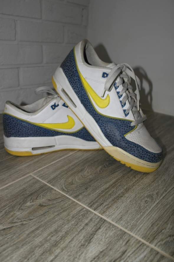 NIKE AIR ASSAULT LOW SAFARI BLUE PRINT MĘSKIE 44...
