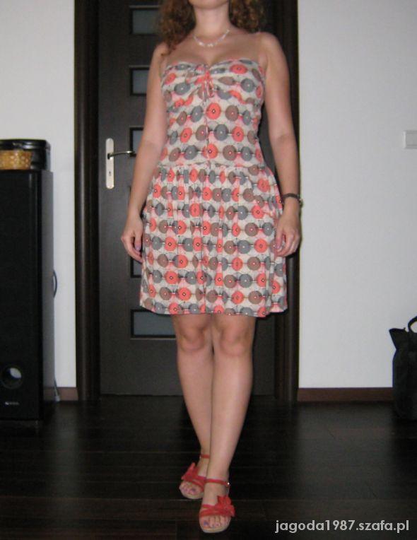 Letnia sukienka geometryczna 38 kremowo łososiowa...
