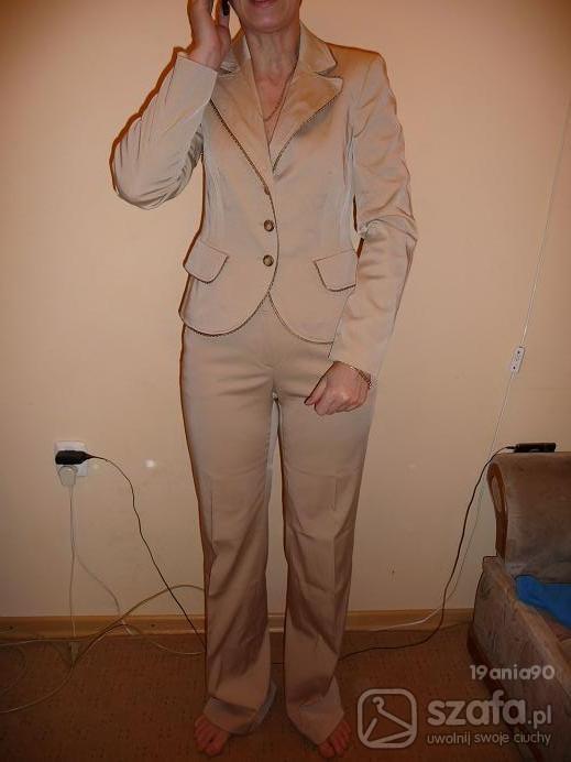 Letni kostium ze spodniami...