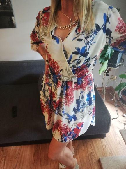 letnia sukienka w kwiaty przewiewna...