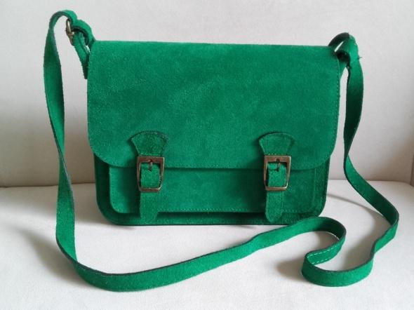 Zielona włoska torebka listonoszka z naturalnego zamszu nowa be...