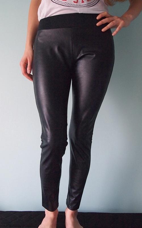 Czarne skórzane legginsy Butik 34 XS leginsy rurki...