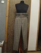 spodnie cygaretki BERSHKA 36 kratka beżowe...