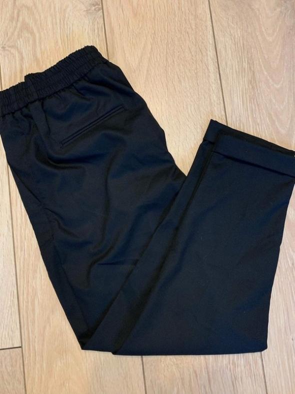 Cygaretki czarne Pull&Bear 36