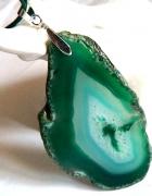 Surowy nieregularny plaster agatu zielony wisior...