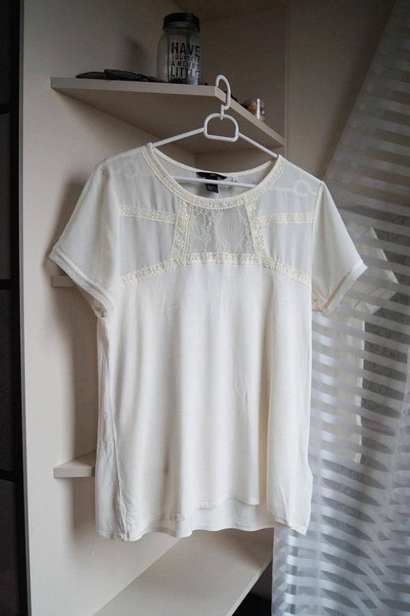Beżowa bluzeczka z koronką H&M M...