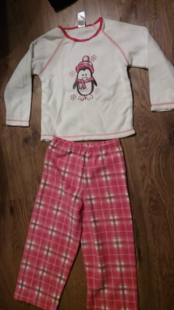 Nowa piżama na 4 lata GIRLS
