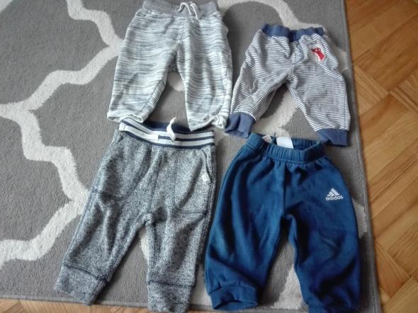 Spodnie i spodenki Spodnie dresy chłopiec