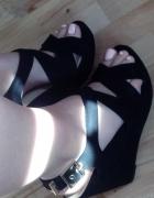 Koturny czarne zamszowe NOWE szpilki sandały koturna...