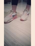 Nike Air Maxy...