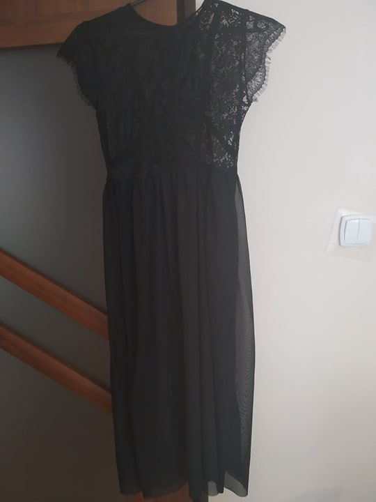Sukienka Reserved czarna...