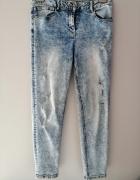 Jasne jeansy dziury przetarcia 40 L Premium Denim...