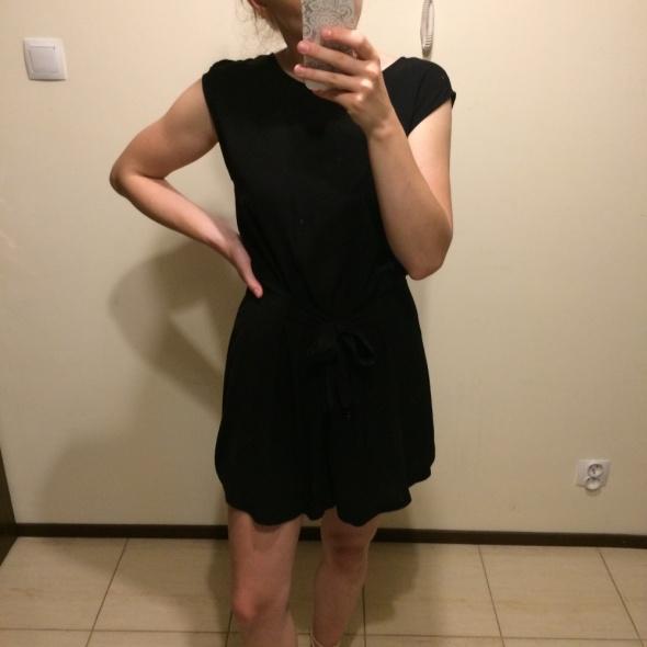 Czarny kombinezon Zara
