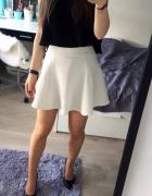 spódnica biała rozkloszowana HM xs...