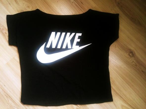 Bluzka Nike...
