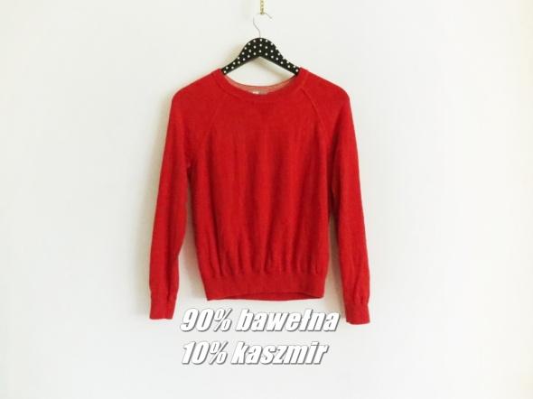 Czerwony sweterek z długim rękawem bawełna