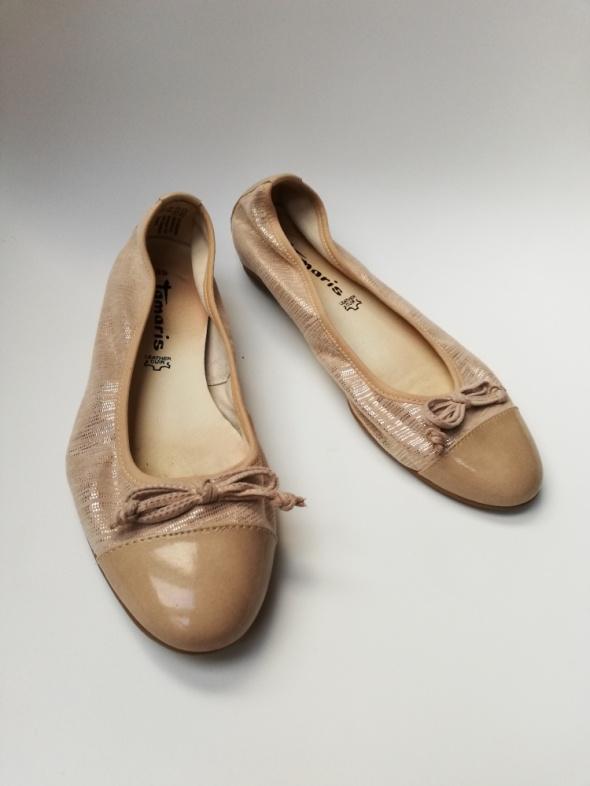 Złote cieliste balerinki Tamaris 39 skórzane baletki beżowe...