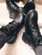 Truffle Collection Czarne jesienne botki wiązane wyższe na zame...