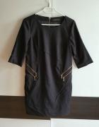 Elegancka czarna sukienka z zameczkami Reserved S...