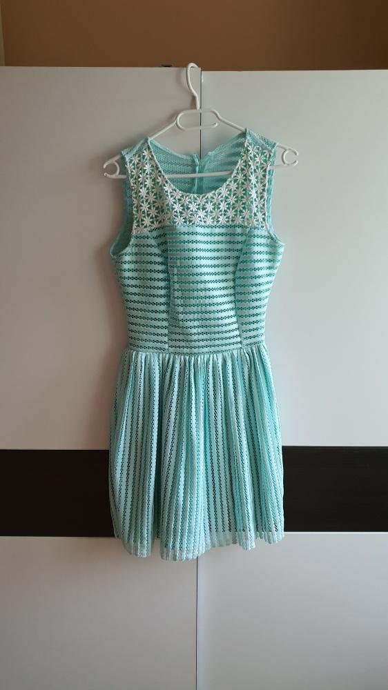 Nowa dziewczęca sukienka S