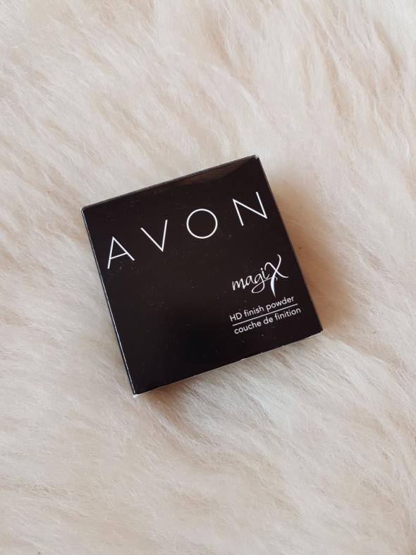 Twarz Avon Utrwalający puder sypki Magix HD