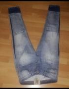 Modne damskie jeansy z dziurami i przetarciami S...