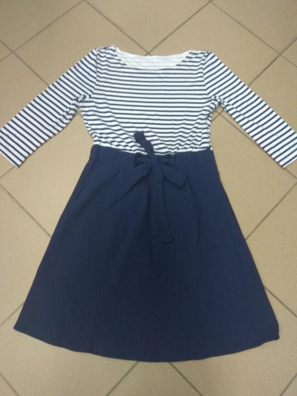 Sukienka marynarska paski 42 XL...