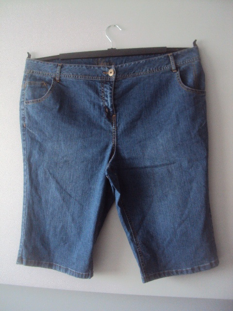 jeansowe szorty z wysokim stanem...