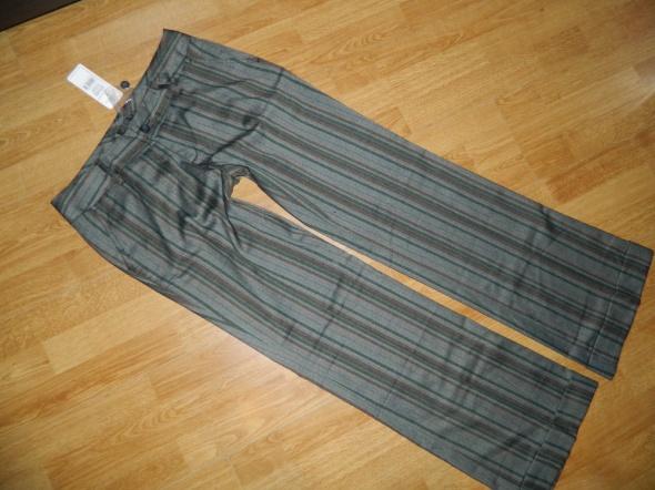 TOP SECRET eleganckie spodnie PASKI roz 40...