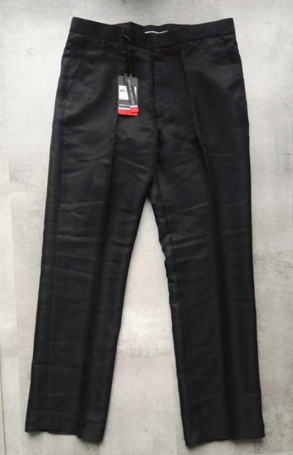 Nowe czarne spodnie męskie garniturowe Pierre Cardin W34 L regular