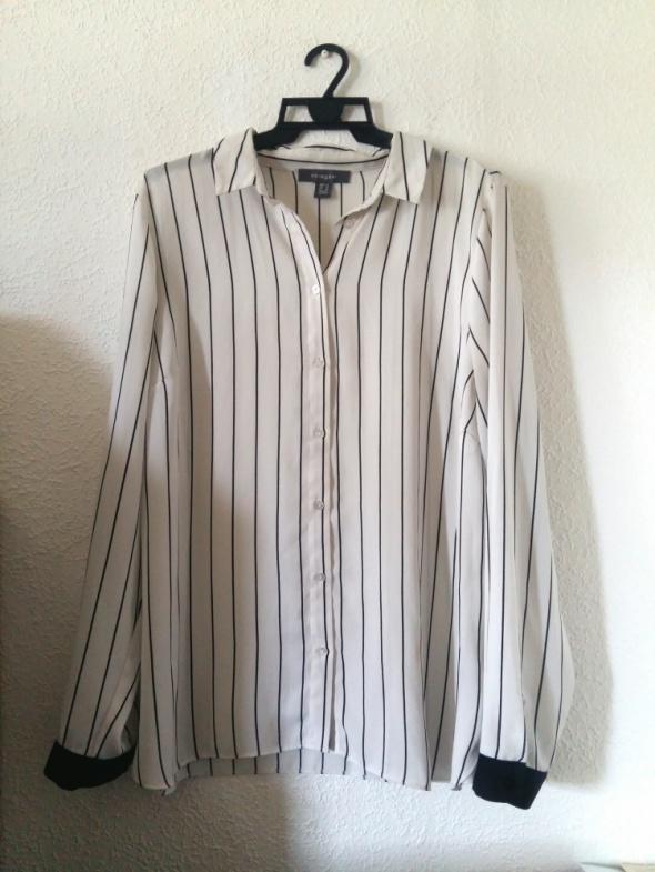 Koszula oversize w paski biala...