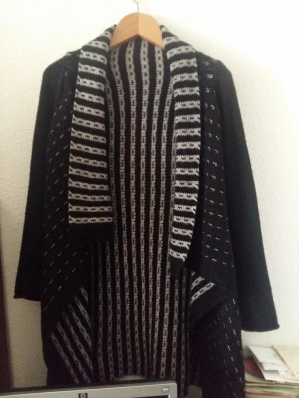Kardigan narzutka sweter czarny długi cieply...